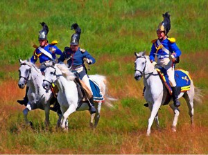 скачущие в атаку кавалеристы